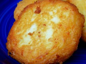 tortitas de papa rellenas de queso